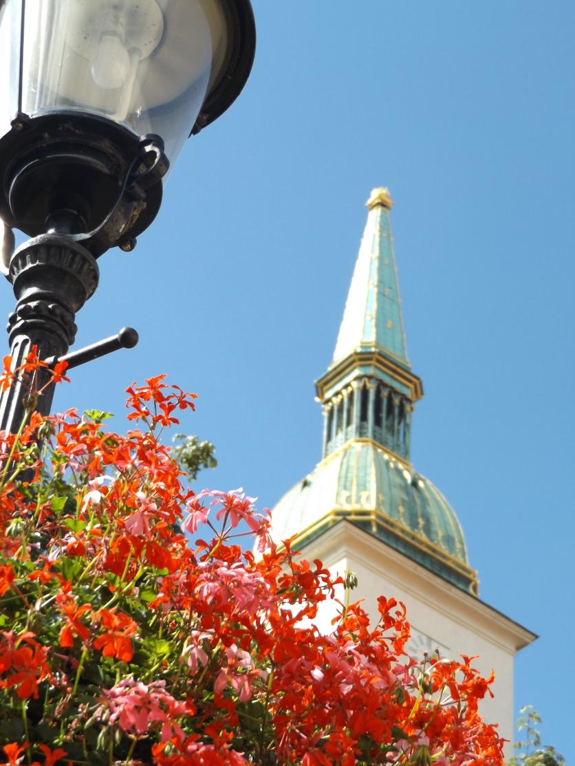 Kwiatecky z Bratislavy.