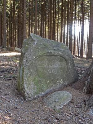 Przydrożny kamień pruski.