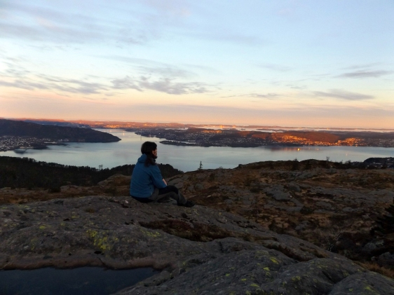 Wschód słońca na Sandviksfjellet.