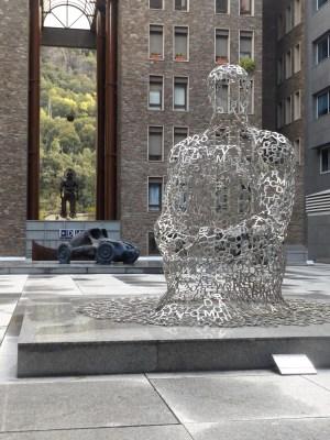 Więcej dzieł Jaume Plensy.