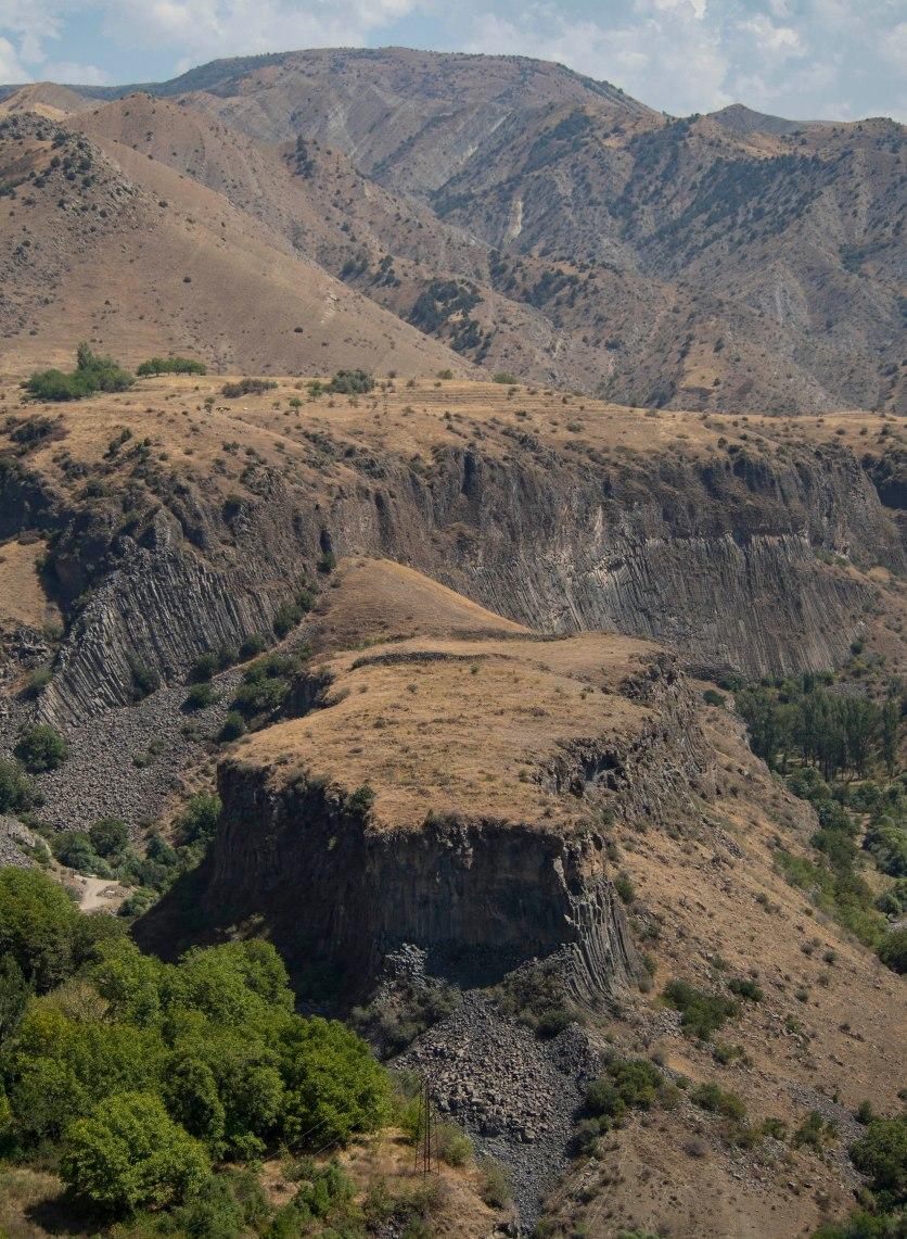 Wąwóz Azat i okoliczne wzgórza