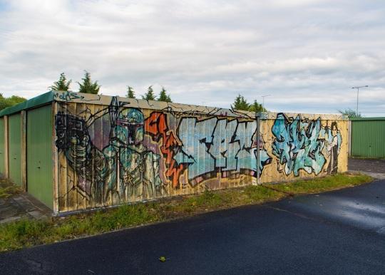 Starwarsowe graffiti na Holenderskiej.