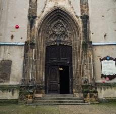 Główny portal, późnogotycki.